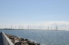 ロラン島の原発予定地が風車パークに変わった