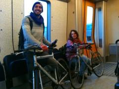 列車に自転車